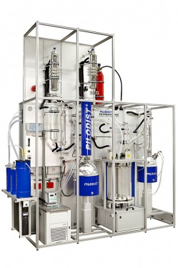 PETRODIST 400 A crude oil distillation system for automatic operation according to ASTM D-2892 and ASTM D-5236